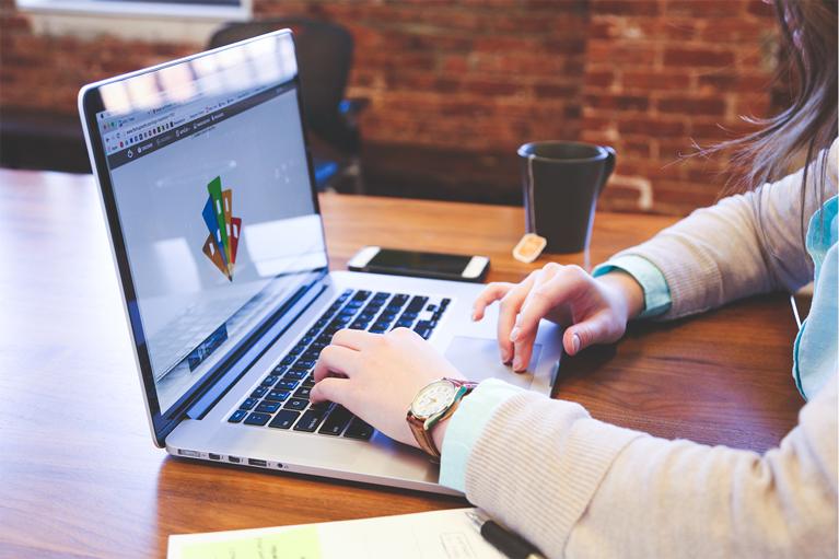 フリーランスデザイナーはこの5つの方法で仕事を探そう!