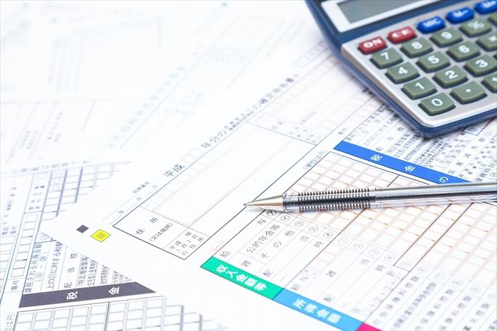 会社員が副業をする場合の税金について_1
