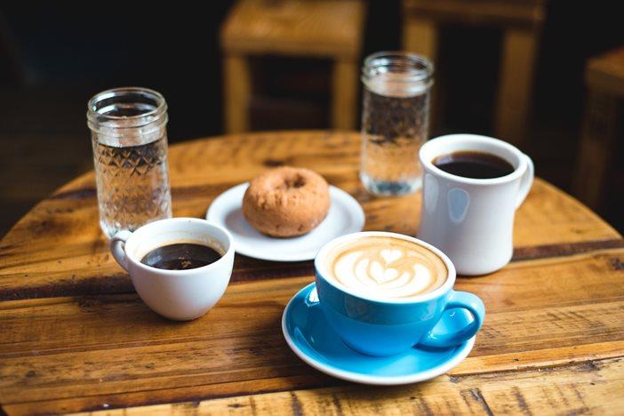 フリーランスとしてカフェを開きたい!開業までのスケジュールと手続き-1_r
