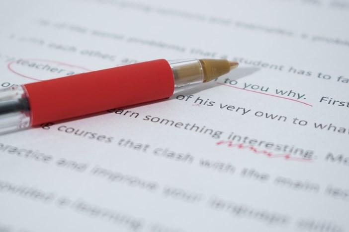 英語力に応じて稼ぎ方は色々!ランク別、英語を活かした副業5選-1_r