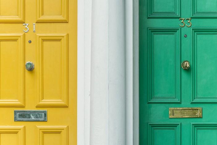 副業するなら雇用契約と業務委託とどちらが良いのか? 少なくともその違いは知っておいた方が良い。