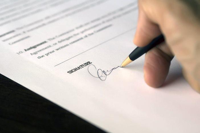 副業するなら雇用契約と業務委託とどちらが良いのか? 少なくともその違いは知っておいた方が良い。-1_r