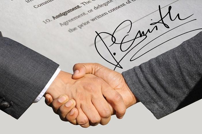 クライアントに「あれもこれもやって」と言われないために。フリーランスが契約書作成する時のおすすめサービスを紹介-1_r