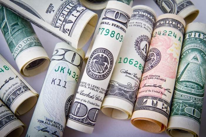 副業としての週末起業と資金調達の方法-1_r