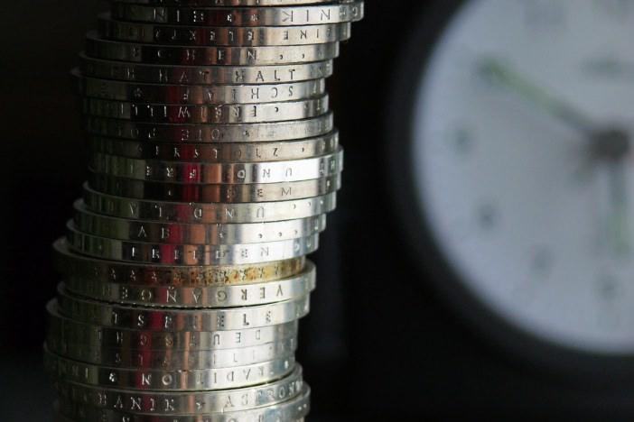 副業の作業効率をあげることは収入アップになるだけでなく本業に活かせる大事なスキルとなる-r-1