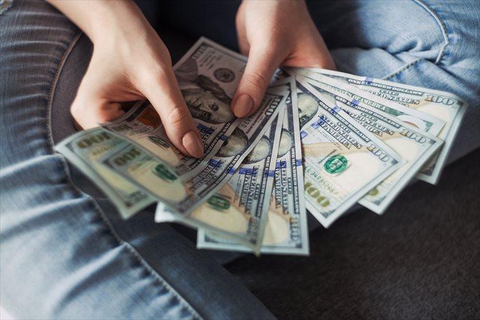 フリーランスで月収100万円稼げたら……あなたはどうしますか?